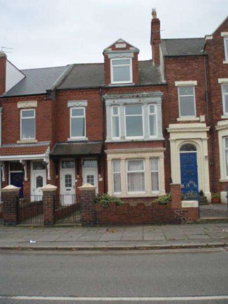 4 Bedrooms Apartment Flat for sale in Mowbray Road, South Shields