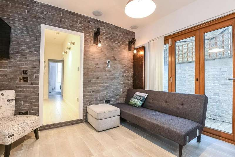 2 Bedrooms Flat for sale in Atheldene Road, Earlsfield, SW18