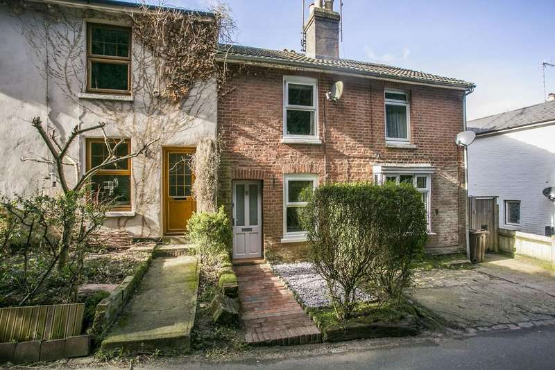 2 Bedrooms Terraced House for sale in Harmony Street, Rusthall