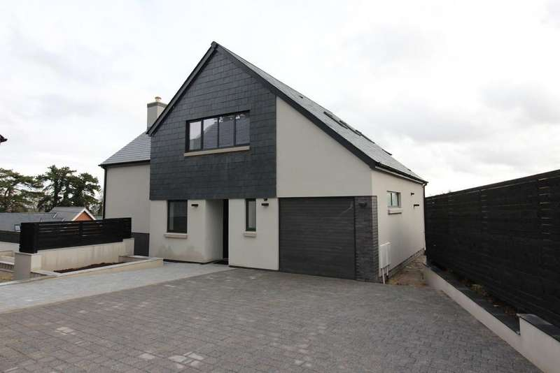 4 Bedrooms Detached House for sale in Ty'r Winch Road, Old St Mellons