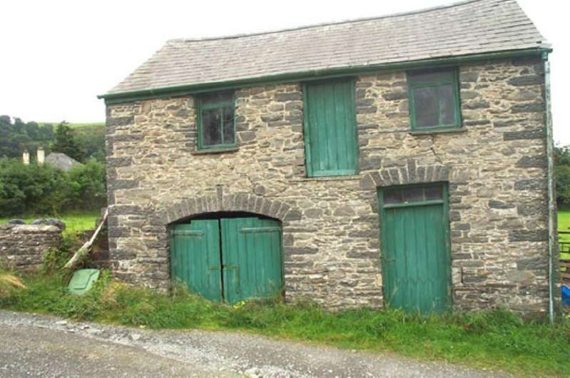 2 Bedrooms Cottage House for sale in Mill Street, Nr. Tregaron, Ceredigion