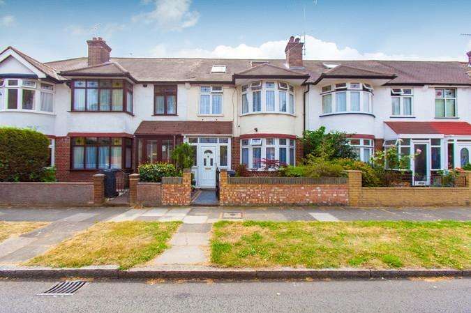 4 Bedrooms Terraced House for sale in Springvale Avenue, Brentford