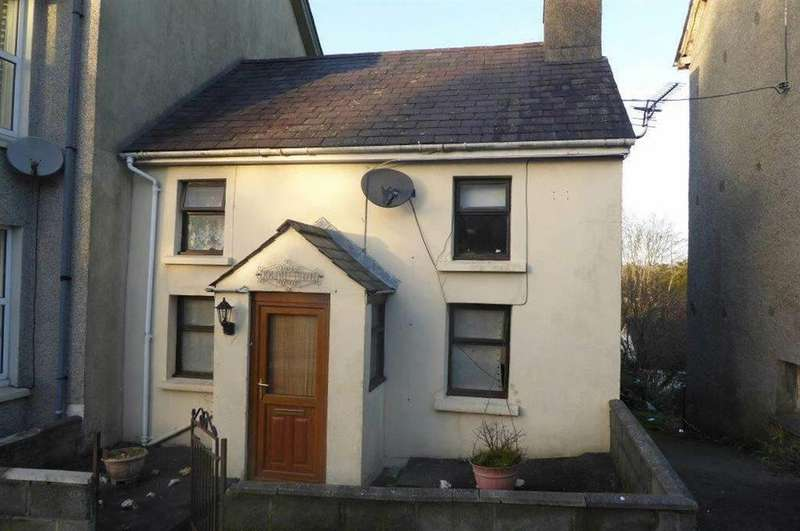 2 Bedrooms Cottage House for sale in Llanwnen Road, Llanybydder, Carmarthenshire