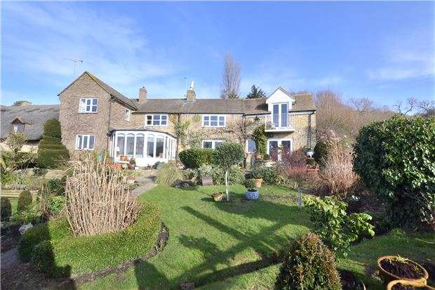 3 Bedrooms Cottage House for sale in Bushcombe Lane, Woodmancote, CHELTENHAM, Gloucestershire, GL52 9QL