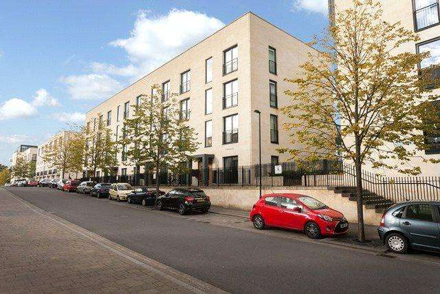 2 Bedrooms Flat for sale in Imperial, Stothert Avenue, Bath, BA2