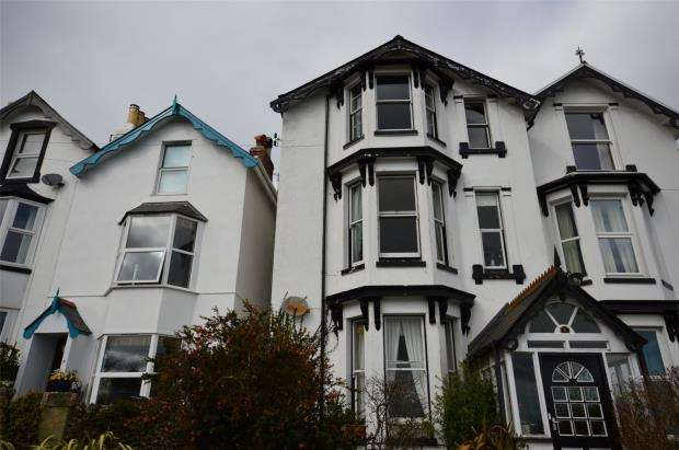 5 Bedrooms Semi Detached House for sale in Yannon Terrace, Teignmouth, Devon