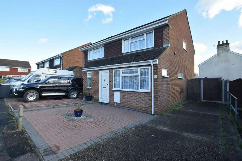2 Bedrooms Semi Detached House for sale in Charles Close, Snodland, Kent
