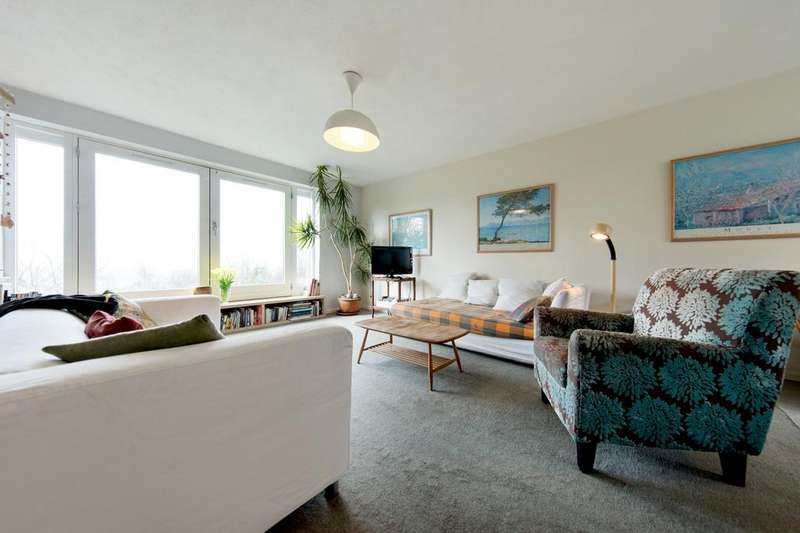 4 Bedrooms Terraced House for sale in Hollman Gardens, SW16