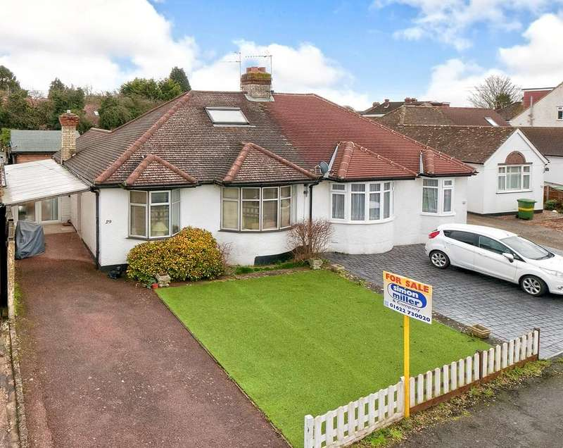 2 Bedrooms Semi Detached Bungalow for sale in Royston Road, Bearsted