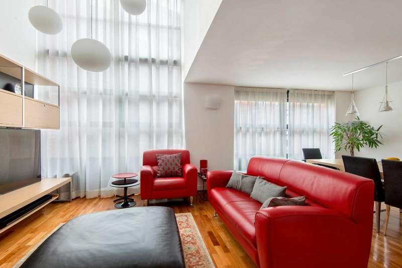 3 Bedrooms Apartment Flat for sale in Britton Street, EC1M