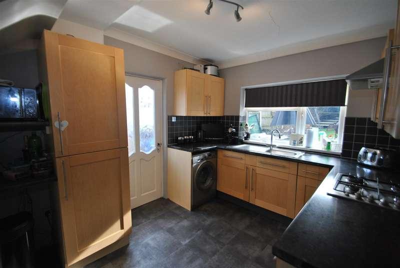 3 Bedrooms Property for sale in Greenfields Avenue, Appleton, Warrington