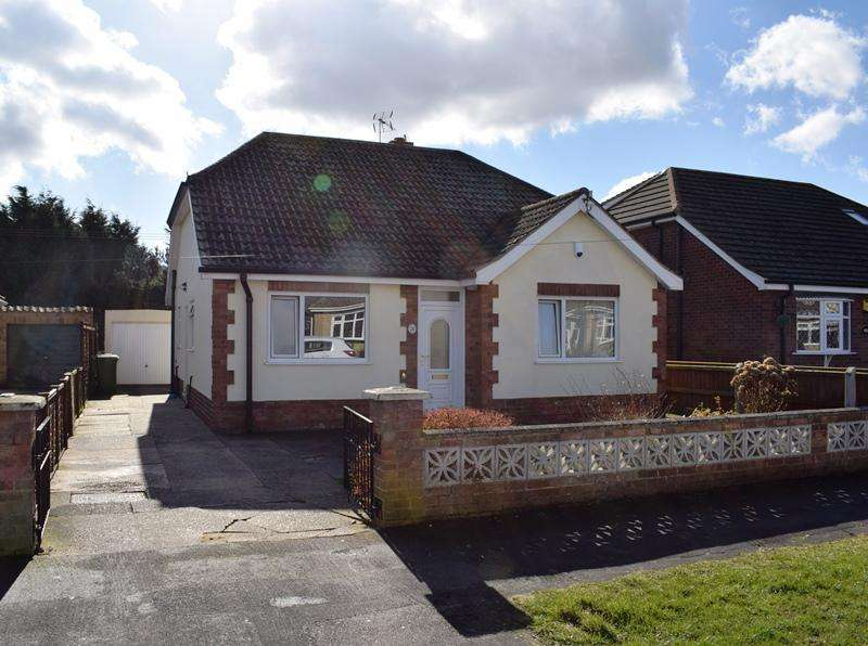 3 Bedrooms Detached Bungalow for sale in Coniston Crescent, Humberston DN36