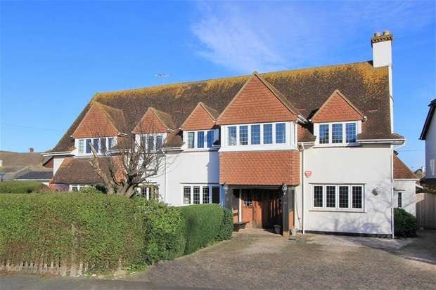 7 Bedrooms Detached House for sale in Manor Road, Tankerton, Whitstable