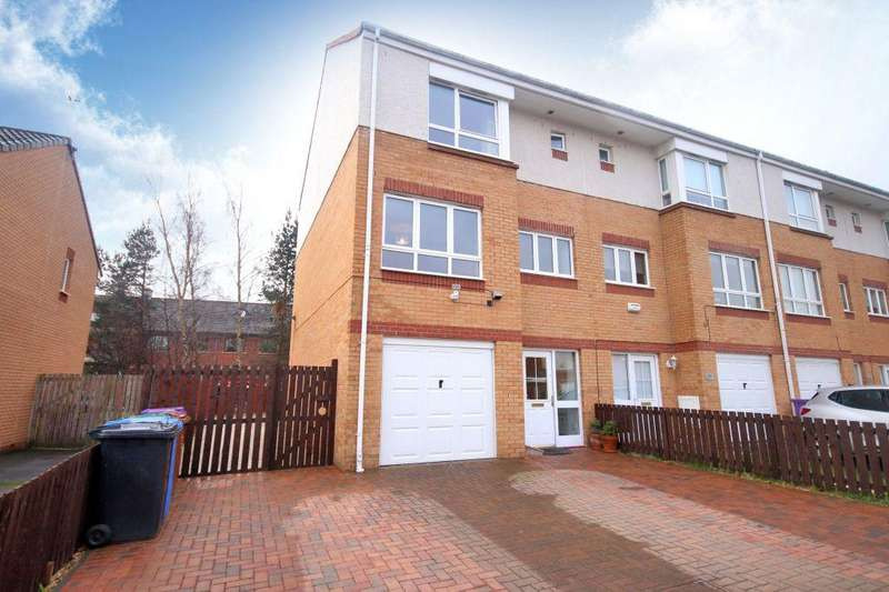 3 Bedrooms Town House for sale in 91 Drumfearn Road, Ruchill, Glasgow, G22 6LA