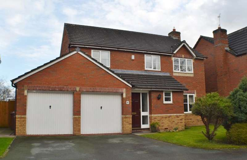 4 Bedrooms Detached House for sale in Beech Close, Holmes Chapel