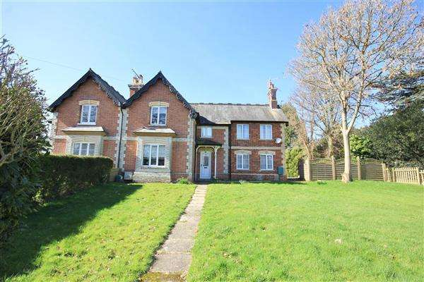 4 Bedrooms Semi Detached House for sale in The Old School House, 49 Dorchester Road, Lytchett Minster