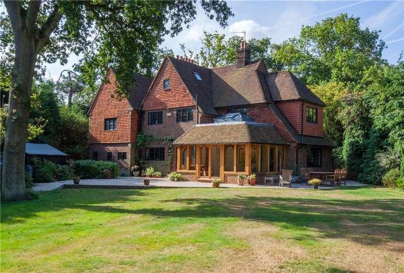 5 Bedrooms Detached House for sale in Burwood Road, Walton-on-Thames, Surrey, KT12