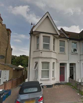 2 Bedrooms Flat for sale in Melfort Road, London, Greater London, CR7 7RN