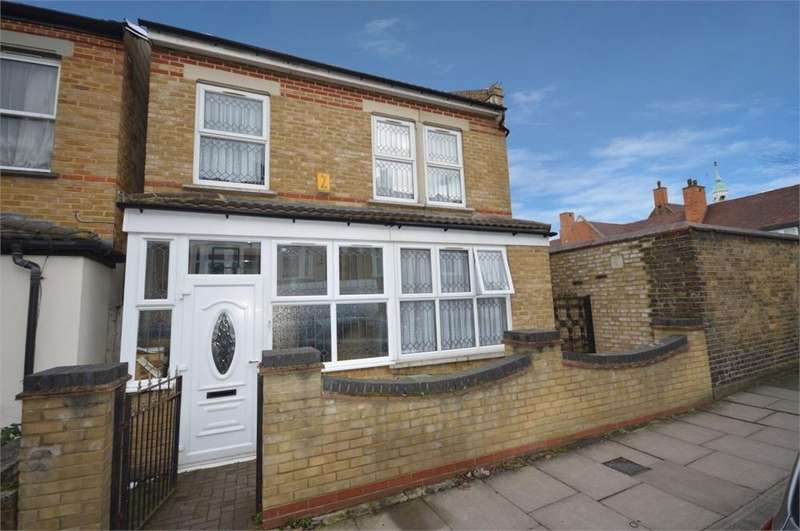 5 Bedrooms Detached House for sale in Nithdale Road, London