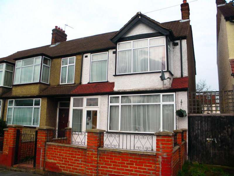 3 Bedrooms Terraced House for sale in Rowan Road, Streatham, SW16