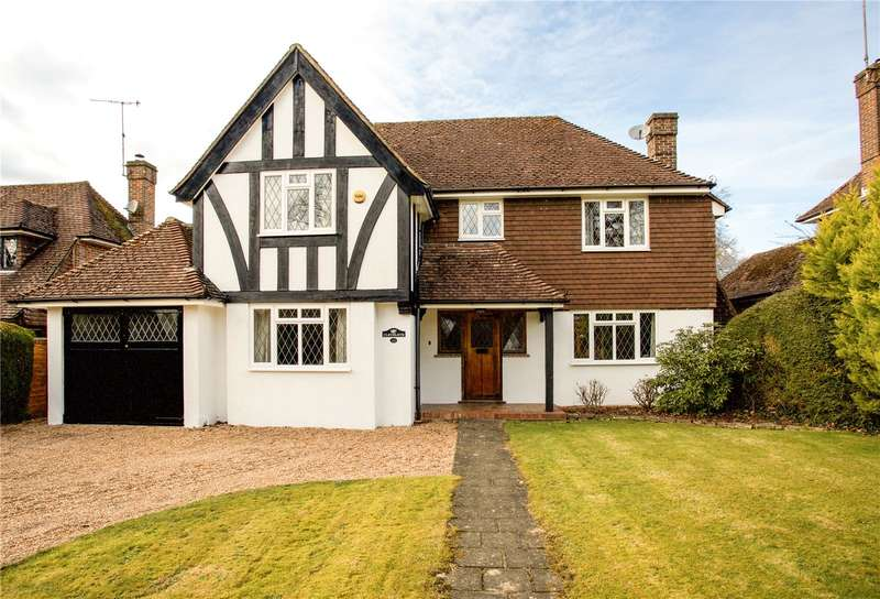 4 Bedrooms Detached House for sale in Hickmans Lane, Lindfield, West Sussex, RH16