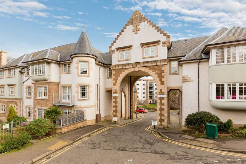3 Bedrooms Flat for sale in 22/9 West Mill Bank, Colinton, EH13 0QT