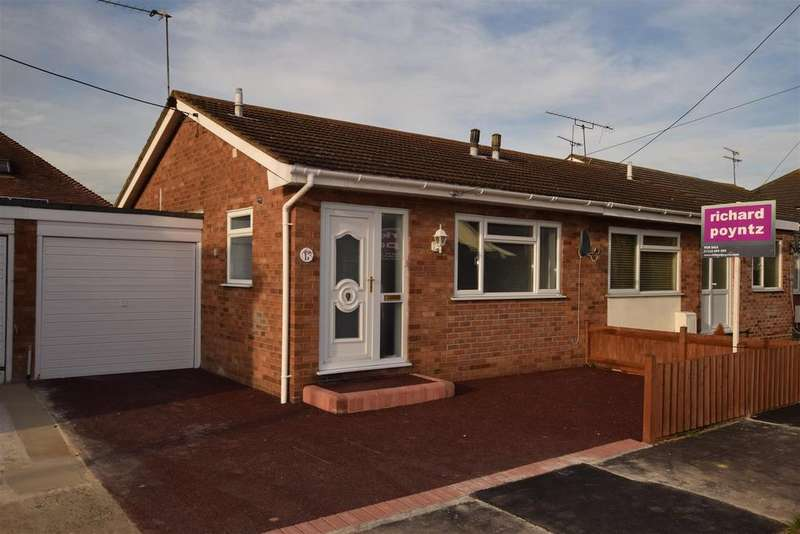 1 Bedroom Semi Detached Bungalow for sale in Beverley Avenue, Canvey Island