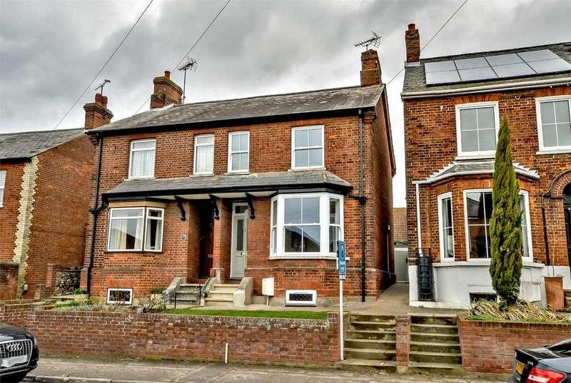 3 Bedrooms Semi Detached House for sale in 42 Ashdon Road, Saffron Walden