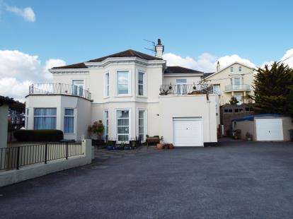 2 Bedrooms Flat for sale in 15 Barnpark Road, Teignmouth, Devon