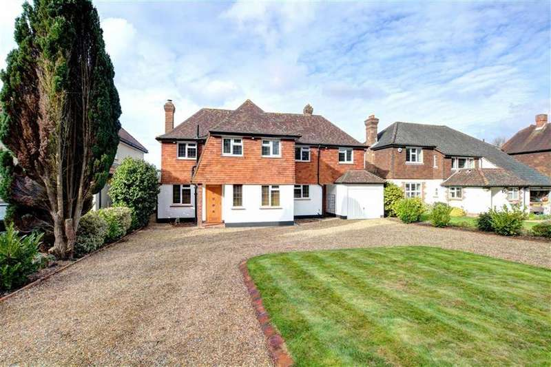 5 Bedrooms Detached House for sale in Redgate Drive, Bromley, Kent
