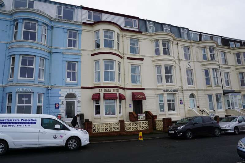 12 Bedrooms Hotel Gust House for sale in Blenheim Terrace, Scarborough, YO12 7HD