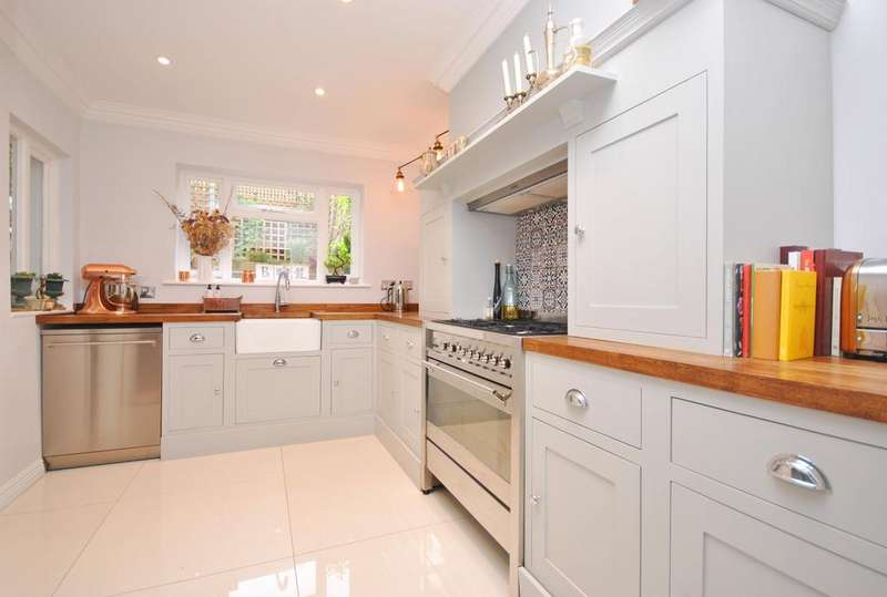 1 Bedroom Flat for sale in Offley Road Brixton SW9
