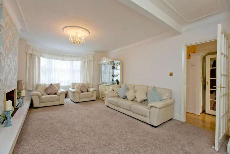 3 Bedrooms Terraced House for sale in Lyndhurst Road, London, London N22