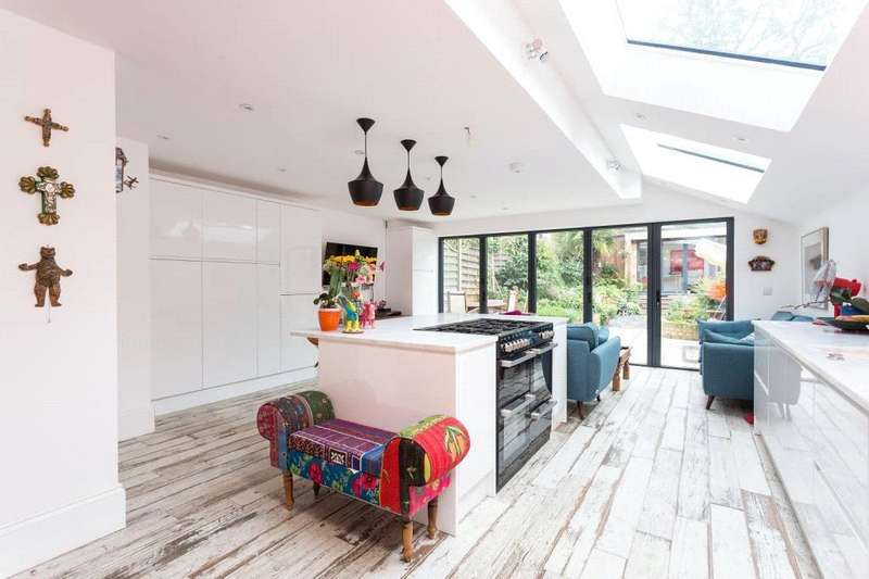 5 Bedrooms Terraced House for sale in Mayfield Road, Crouch End, London, N8