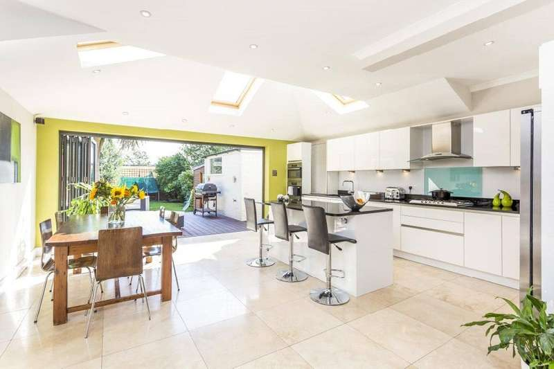 4 Bedrooms Semi Detached House for sale in Sutherland Grove, Southfields, London, SW18
