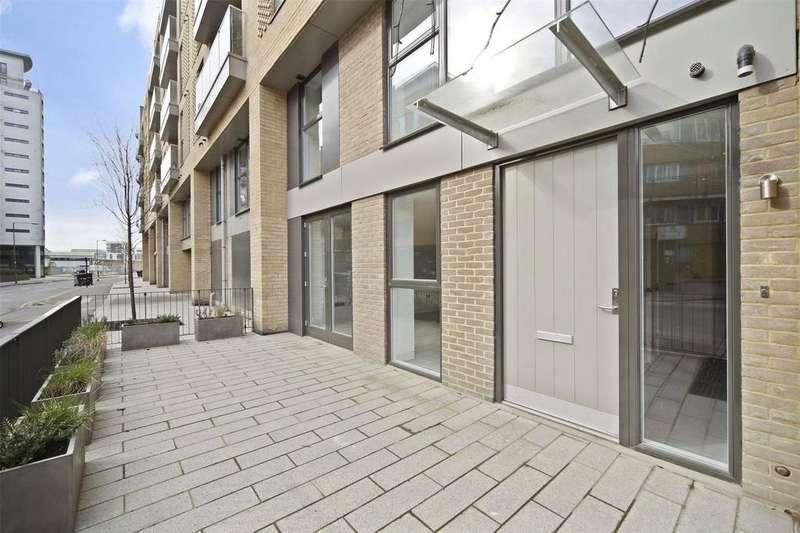 2 Bedrooms Maisonette Flat for sale in Norman Road, Greenwich, London, SE10