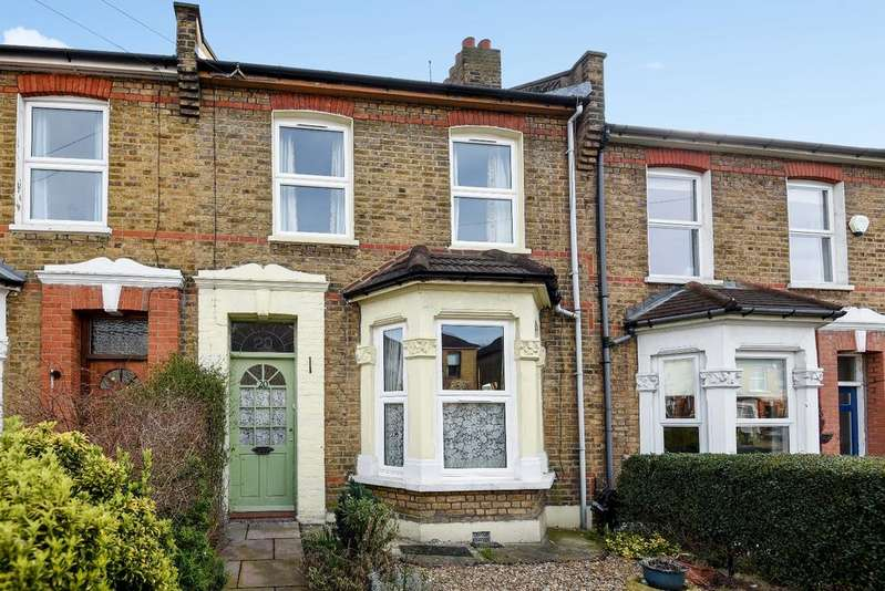 2 Bedrooms Terraced House for sale in Dairsie Road Eltham SE9