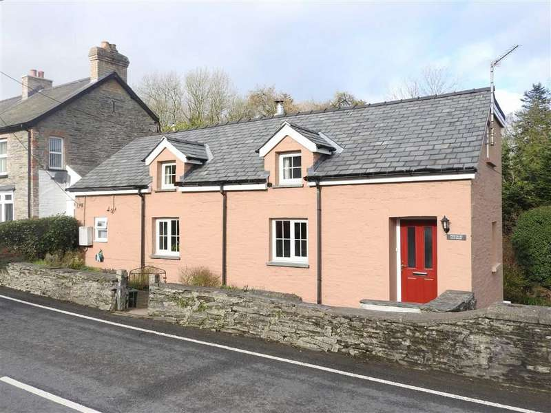 3 Bedrooms Cottage House for sale in LLECHRYD