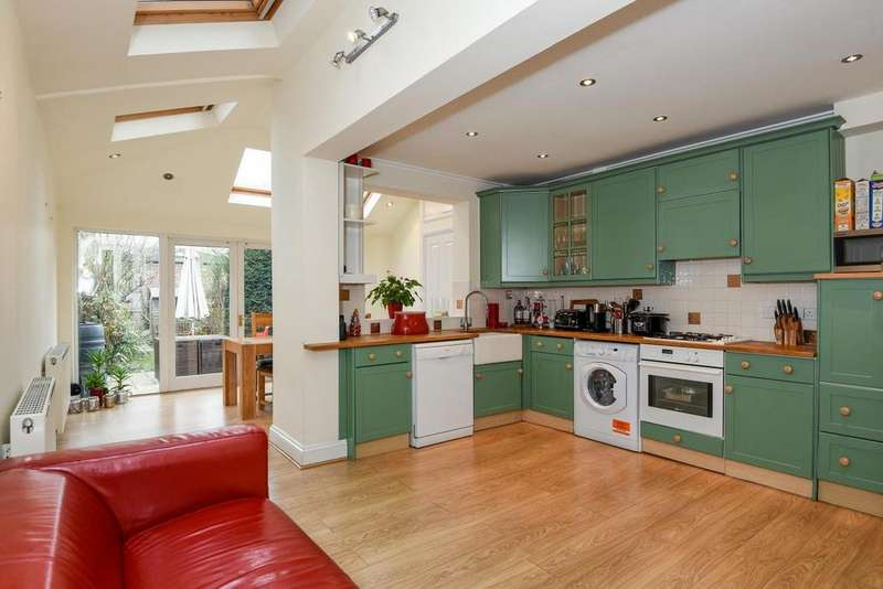 3 Bedrooms Terraced House for sale in Evelyn Road, Chiswick, W4