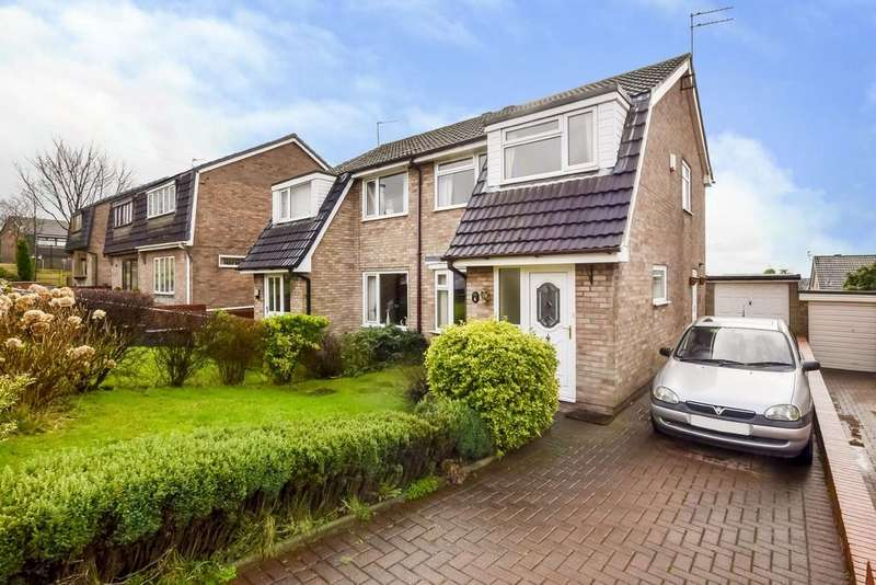 3 Bedrooms Semi Detached House for sale in St Gabriels Close, Castleton