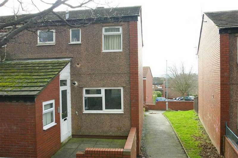 3 Bedrooms End Of Terrace House for sale in Kendal Lane, LS3