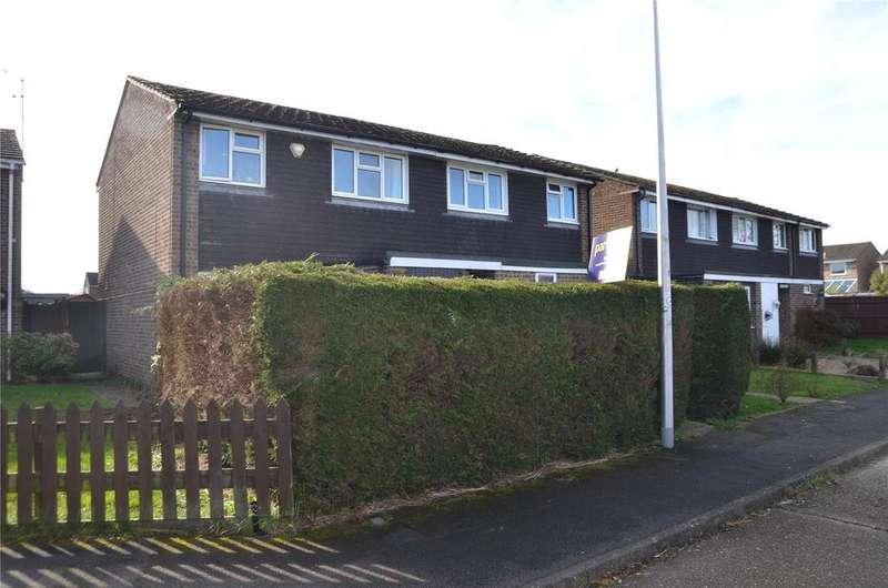 3 Bedrooms Semi Detached House for sale in The Fells, Tilehurst, Reading, Berkshire, RG31