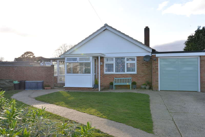 4 Bedrooms Detached House for sale in Blenheim Crescent, Hordle