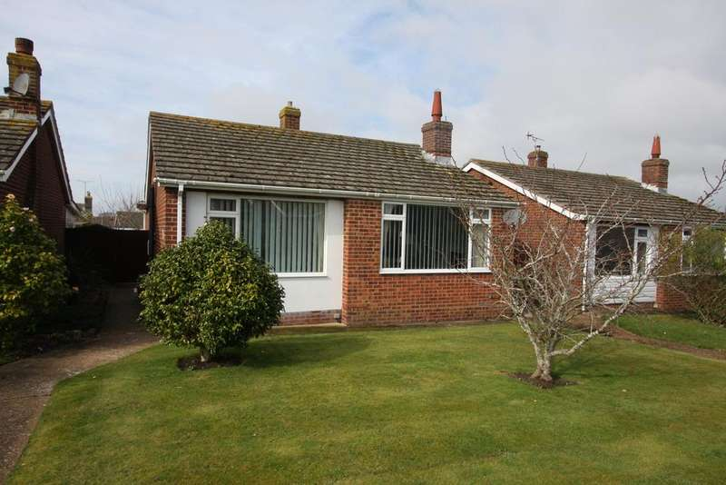 2 Bedrooms Detached Bungalow for sale in Castle View Gardens, Westham BN24