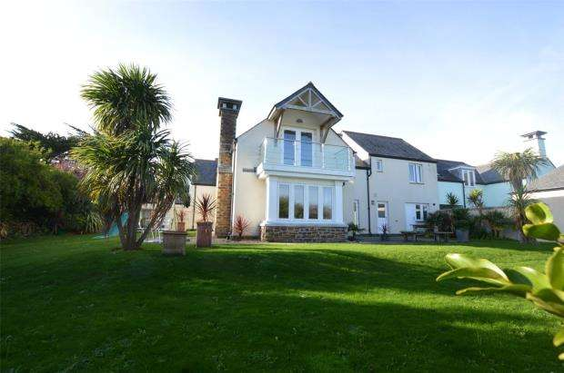 5 Bedrooms Link Detached House for sale in Trinity Watch, Higher Trewidden Road, St. Ives, Cornwall