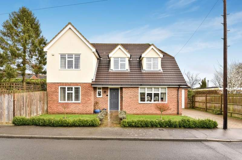 3 Bedrooms Detached House for sale in The Meadows Halstead TN14
