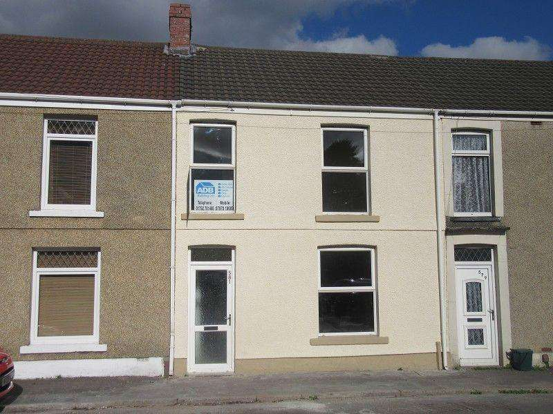 3 Bedrooms Terraced House for sale in Llangyfelach Road, Treboeth, Swansea.