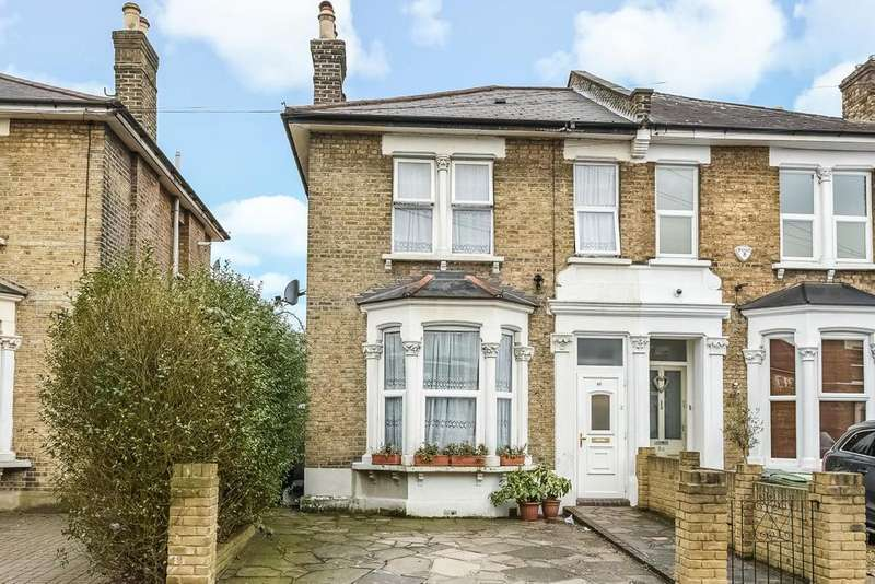 3 Bedrooms Semi Detached House for sale in Blythe Vale, Catford, SE6