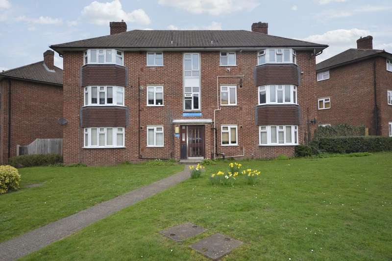 1 Bedroom Flat for sale in The Alders West Wickham BR4