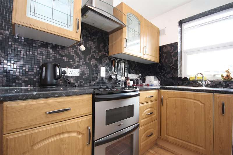 1 Bedroom Flat for sale in 27-29 Craven Park